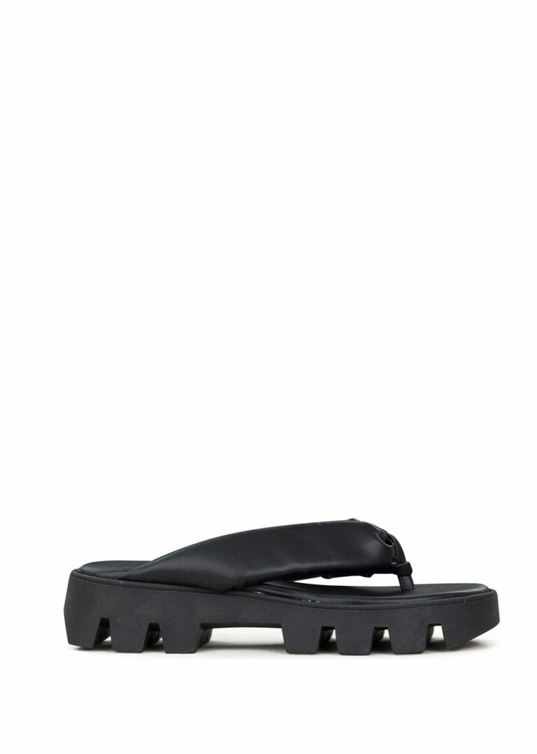 Be On The Lido Sandals Black